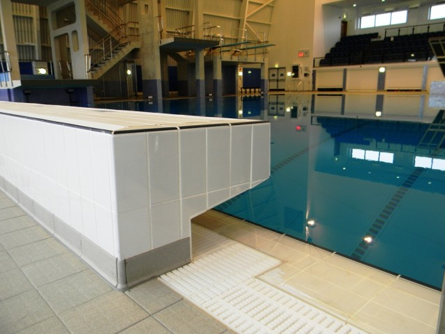 Garons Pool - Dive Pool Diving Block & Grating
