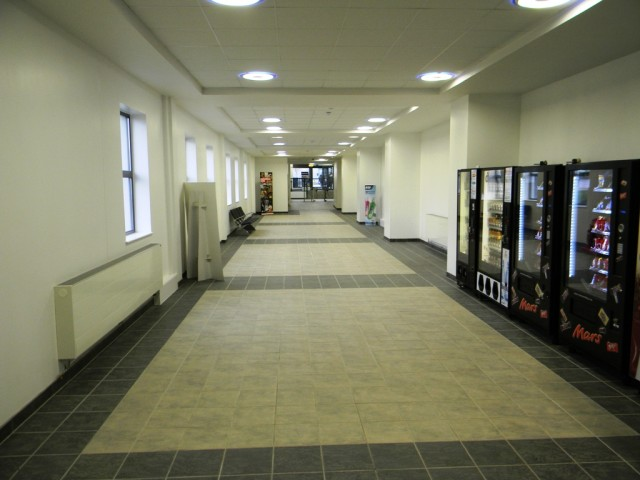 Garons Pool - Link Corridor to Entrance