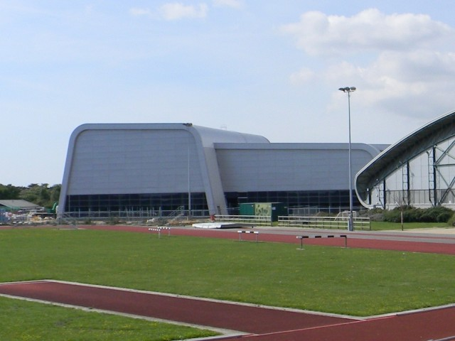 New Garons Park Swimming & Dive Centre Building