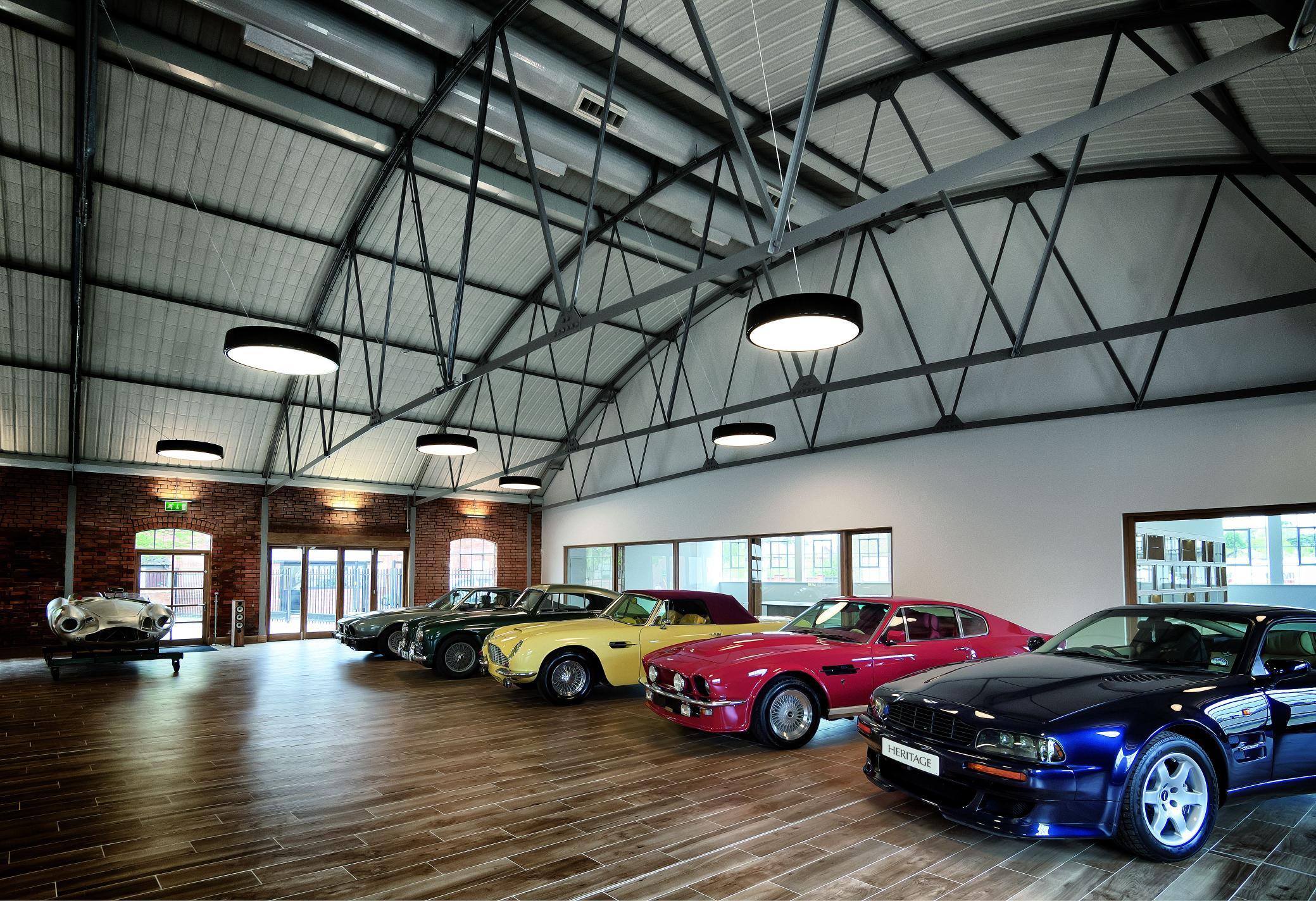 Classic Car Showrooms In Essex